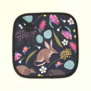 Insulated pot holder with the fabric design of Australian nocturnal animals