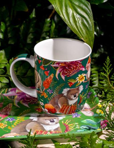 Exotic Paradiso mug sitting on a tray of the same design.